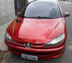Peugeot 1.4 8v quitado bem conservado - 2005