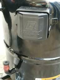 Compressor novo na caixa