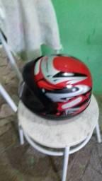 Vendo capacete san marino novo nuncar foi usado tamanho 58