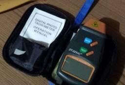 Tacrômetro