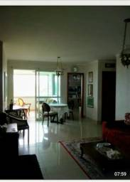 COD;704 Vendo Apartamento no Condomínio Acapulco / 200 M2 / Todo Projetado