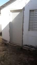 Quitinete na Rua Jose Hermano em Campinas (prox. da Matriz de Campinas)