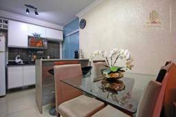 Apartamento com 2 dormitórios à venda, 43 m² por R$ 175.000