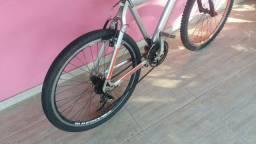 Super  bike  de  aluminio  aro 26  21marchas  só RS 45o