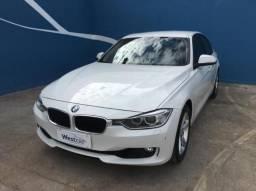 BMW 320i 2.0 Active Automático 4P - 2014