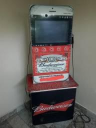 Máquina de música e vídeo