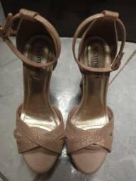 Sandália salto alto, 35 (usada só uma vez)