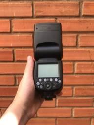 Flash Godox TT685s + Transmissor Rádio Godox XT1s - Para câmeras Sony