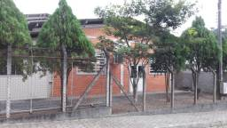 Galpão com 405 m² num terreno de esquina de 850 m², em Pirabeiraba, analisa permuta