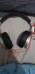 Fones beats monster pro by dr dree