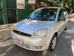 Ford Fiesta 1.0 8V 2005 completo, novissimo, desafio igual