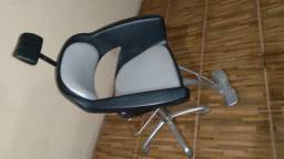 Título do anúncio: Cadeira para salao