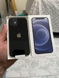 iPhone 12 mini preto 64gb novo com nota fiscal e garantia de um ano.