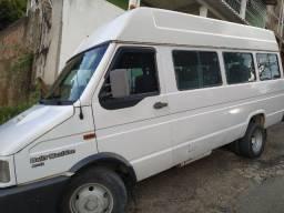 Título do anúncio: Iveco Daily 4013 Maxivan