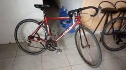 Bicicleta Caloi - vermelha