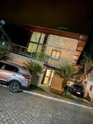 Título do anúncio: Casa de condomínio para venda possui 200 metros quadrados com 5 quartos