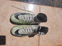 Chuteira Nike Mercurial Edição Limitada