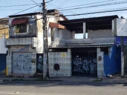 Título do anúncio: Imperdível!!! Casa + KitNet + Ponto Comercial
