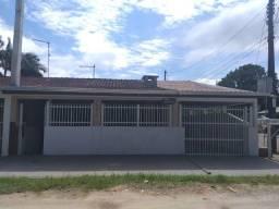 Título do anúncio: Casa de esquina de frente para a Avenida Paranaguá, Balneário Caravelas, Matinhos-PR