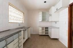 Título do anúncio: Casa para venda possui 155 metros quadrados com 3 quartos em Madalena - Recife - PE