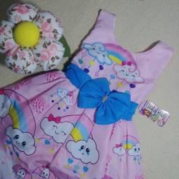 Título do anúncio: Vestido de festa infantil tema nuvem (Tam P _ veste até 2 anos)