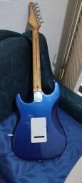 Título do anúncio: Guitarra Stratocaster Washburn<br>Antiga Anos 90