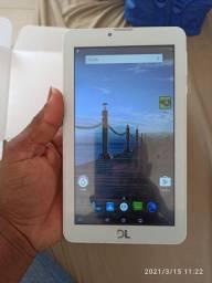 Vendo ou troco tablet tá novo .pois não uso ele