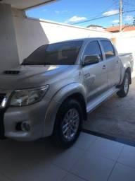 Título do anúncio: Toyota Hilux 2013