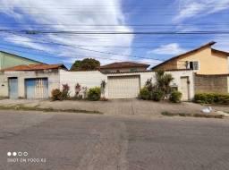Título do anúncio: Casa 02 quartos 2 banhos garagem próximo ao supermercado Brasileirão