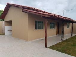 Casa de 3 quartos em Águas Lindas, Setor 03 - Porcelanato e blindex