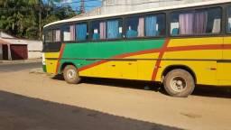 Ônibus rodoviário a venda