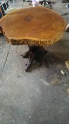 Mesa De madeira maciça Angico e Aroeira