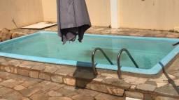 Alugo casa com piscina em Fernandópolis