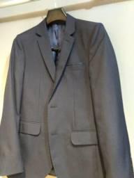 Terno azul marinho ( blazer mais calça ). 46