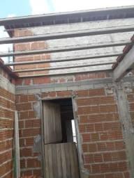 Ponto comercial com estrutura pra primeiro andar