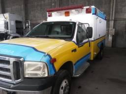 F-4000 Ambulancia Tipo Americana Promoção - 2005