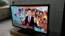TV 46 3D LED Samsung Full HD com USB AV e Conversor Digital - 120Hz