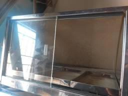 Vendo estufa pequena faltando um vidro