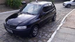Celta ano 2005 básico - 2005