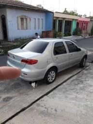 Carro Siena EL - 2011