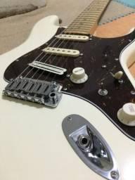Guitarra Tagima T805 com Captadores Malagoli