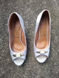 Torro lote de sapatos femininos, 3 sapatos de salto e uma bota número 36. Leia