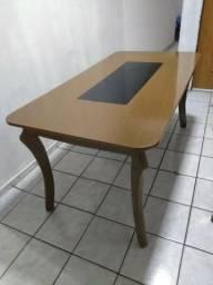 Só a mesa