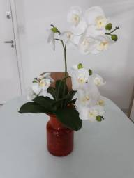 Vaso com arranjo orquidea
