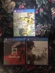 Três Jogos PlayStation 4