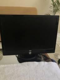 Monitor LCD AOC 17?