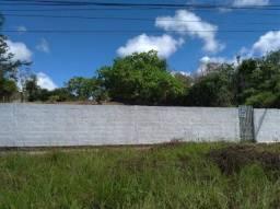 Aluguel de amplo terreno em Nova Parnamirim medindo 21x50