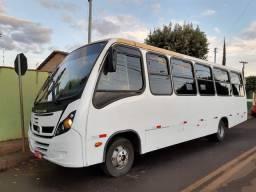 micro ônibus ano 13/13 motor MWM.