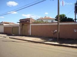 Casa com 4 dormitório à venda, 120 m² por R$ 300.000 - Parque Iracema - Anápolis/GO