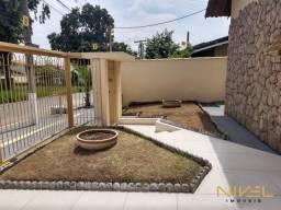 Casa com 3 dormitórios à venda, 260 m² por R$ 560.000 - Parque Anhangüera - Goiânia/GO